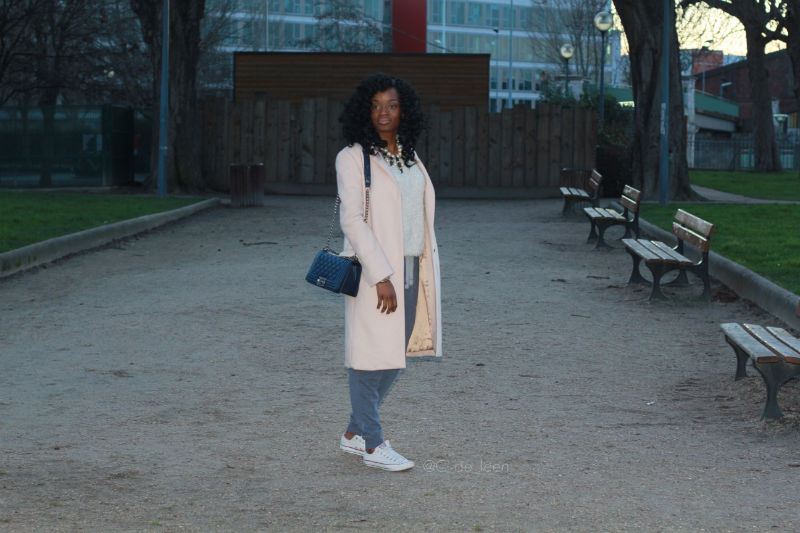 street cocconing fashion style jogging by night out fit