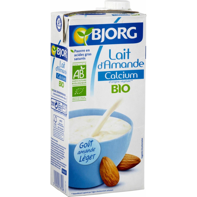 Lait d'amande l'allié des intolérant(e)s au lactose pou un bon petit-déjeûner. (photo prise ici)
