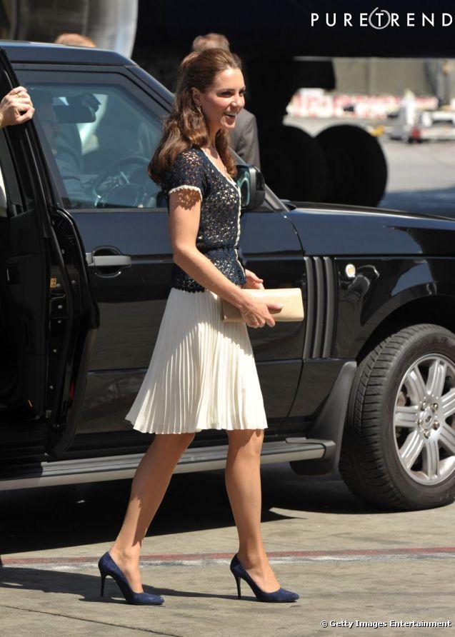 princesse Catherine et sa jupe plissée