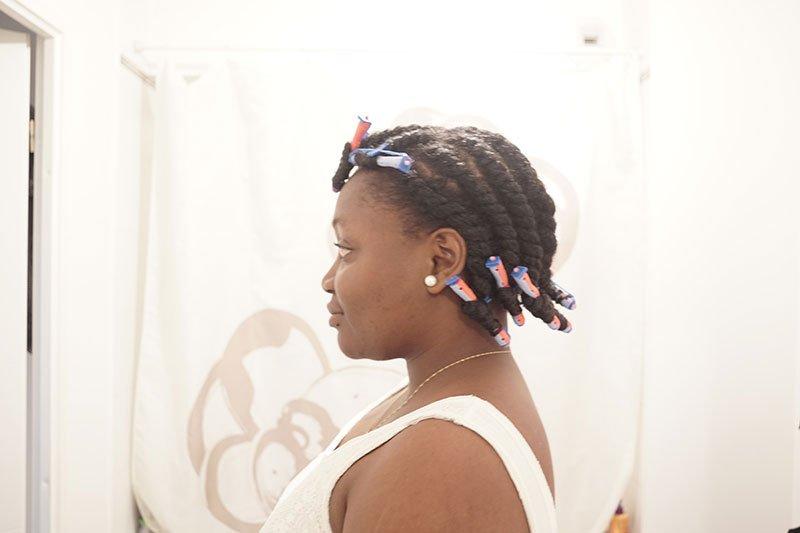 carré de boucles à franges sur cheveux crépus